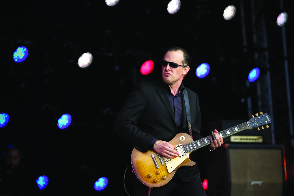 Joe-Bonamassa_BBE_by_Christie-Goodwin(14)