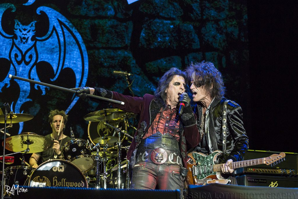 Hollywood Vampires by Jessy Lotti.