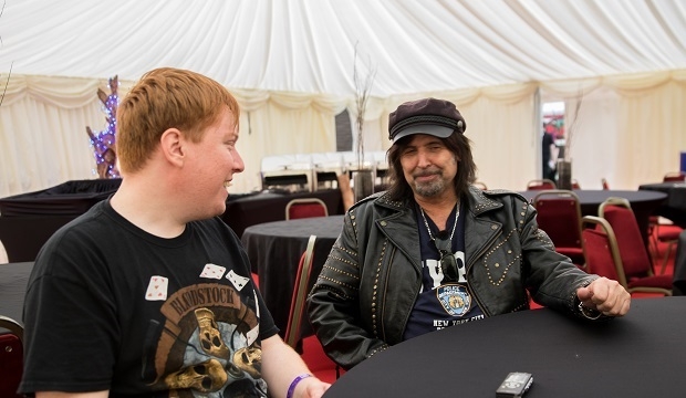 Phil Campbell talking to RAMzine's Neale McGeever