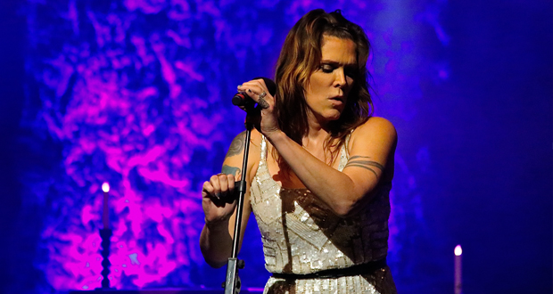 Live: Beth Hart – Birmingham Symphony Hall