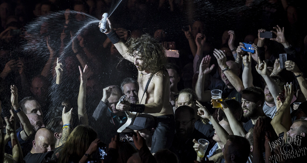 A night of intense no frills rock 'n roll with Airbourne, Phil Campbell and The Wild.