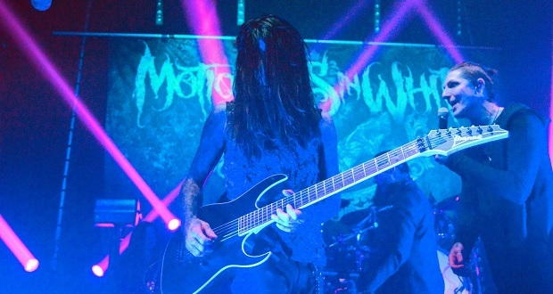 Motionless In White kick off the year right with the ideal goth-rock gig