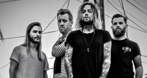 """Lowlives' Lee Villain""""Feels amazing being in a band with 3 unreal players"""" Interview"""