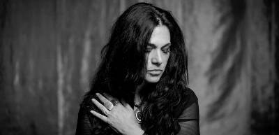 Sari Schorr Releases Never Say Never