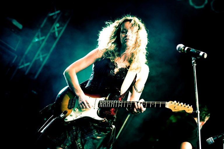 Ana Popović & Ben Poole: Sunday 5th May 2019, The Deaf Institute, Manchester