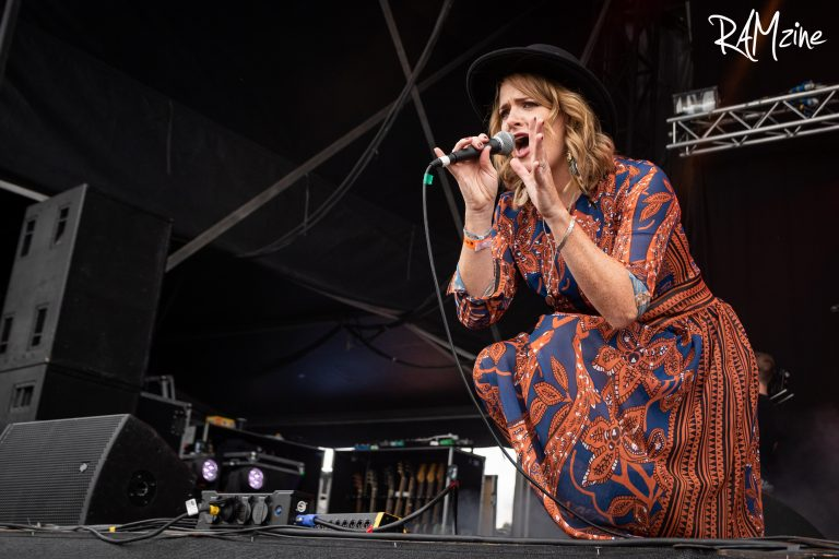 Elles Bailey and 'Road I Call Home' sweeps up
