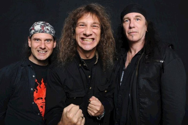 Anvil Hit the UK Next March!