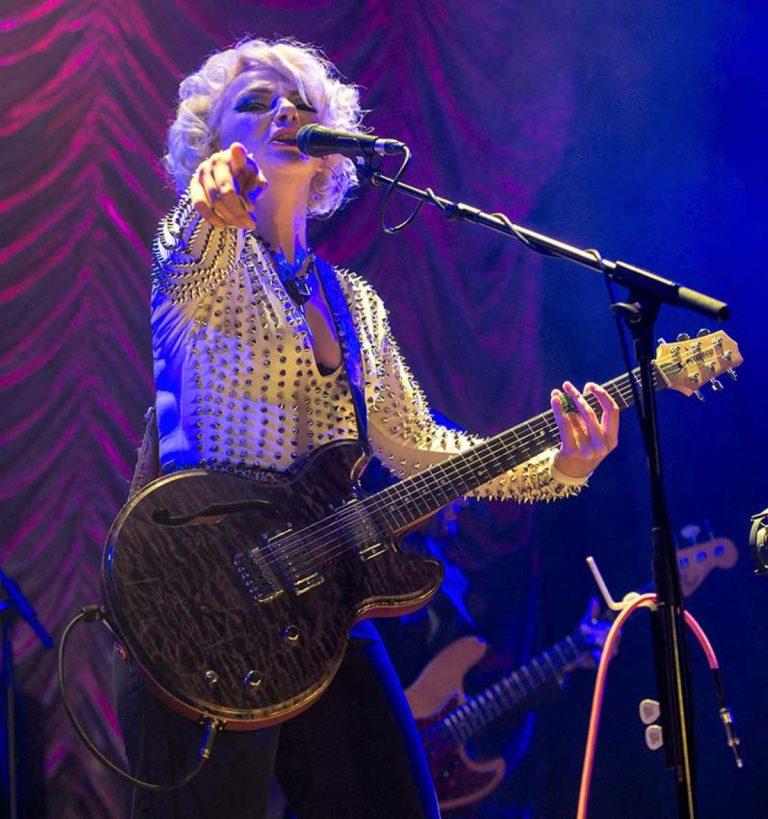 Samantha Fish Reschedules UK Tour