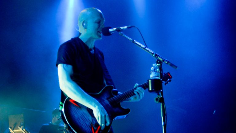 Devin Townsend is Acoustically inclined on new live album